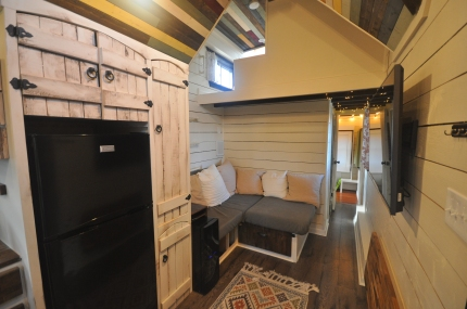 11 cu. ft. fridge and wine fridge, ladder to the loft